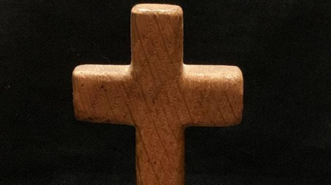 Titanic cross sold at auction in Devizes