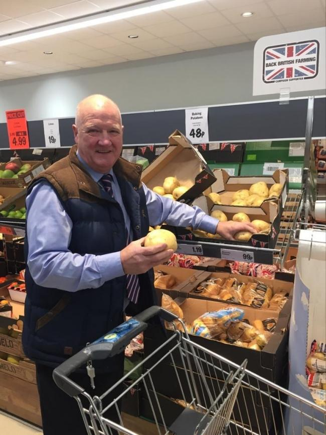 Philip Whitehead wants people to buy loose vegetables