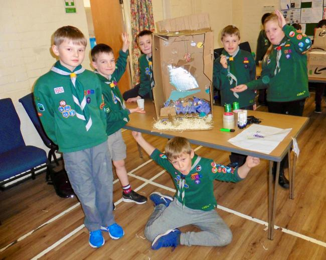 Devizes cubs take part in scrapheap challenge