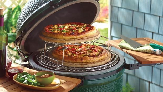 The Wiltshire Gazette and Herald: You can use a kamado to cook steaks and burgers or use it as an outdoor oven or smoker. Credit: Big Green Egg