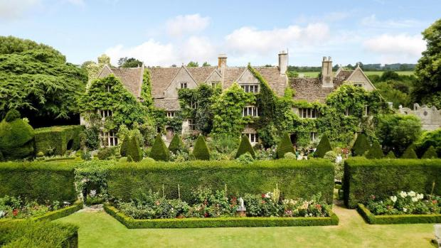 The Wiltshire Gazette and Herald: The Abbey House and Gardens