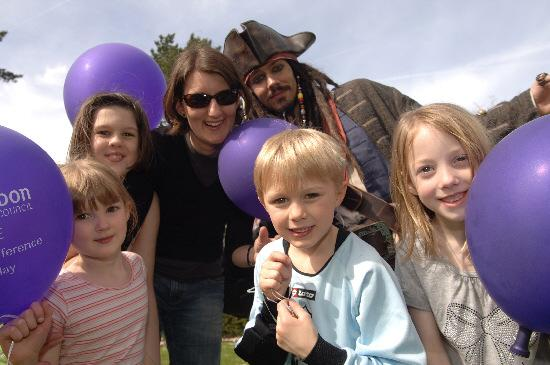 Captain Jack Sparrow with Ella, Laura, Sally and Oliver Daniels and Beth Smith