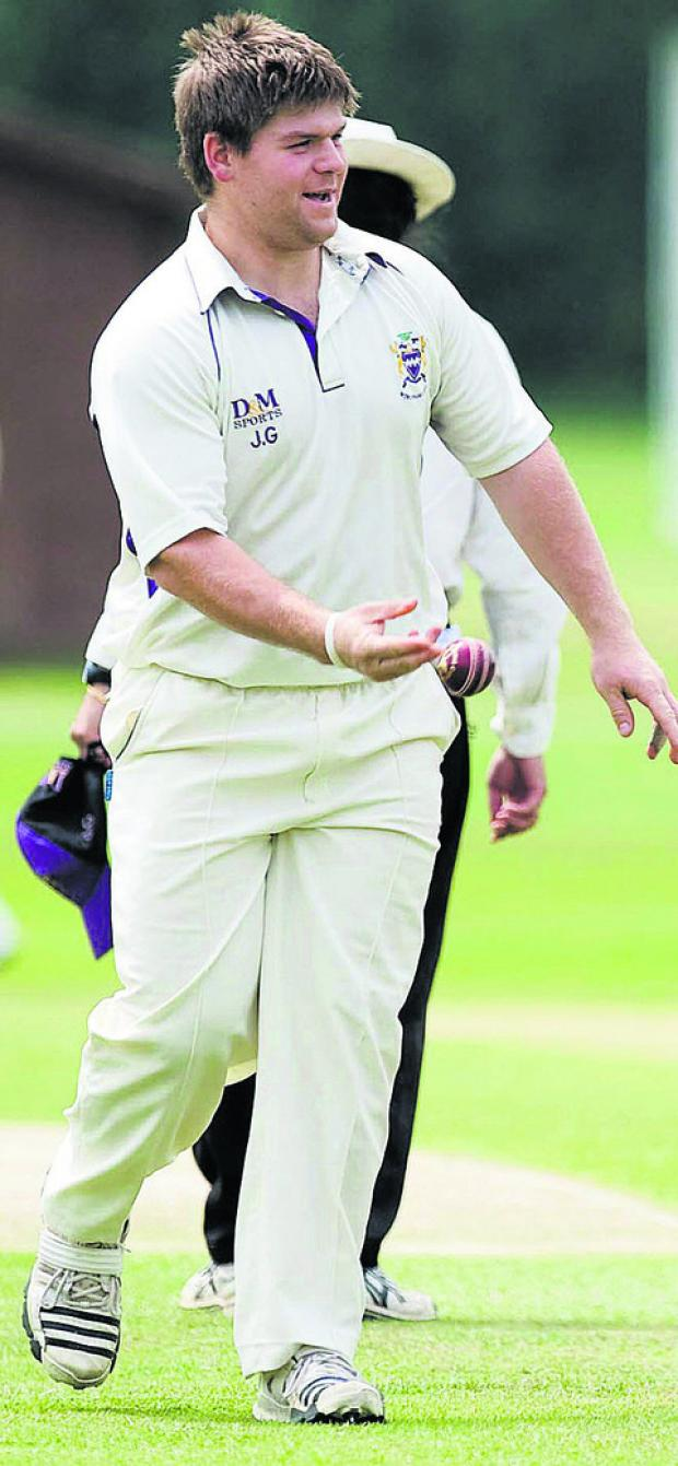 Jim Gatting will trial with Wiltshire