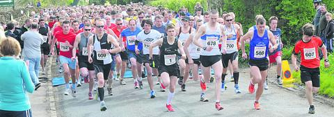 Runners, including two-time winner Simon Nott, from Calne, (1) set off for the Corsham St George's 10k race