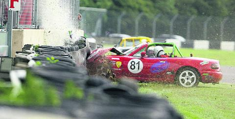 Andrew Gaugler ploughs his car into the starting barrier (Picture: EDP Photo News)