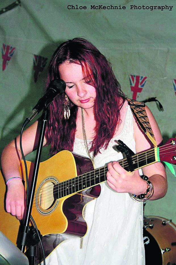 Singer songwriter Emily McGrory, 17