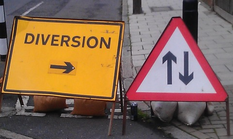 Apology after Devizes and Pewsey road closure anger