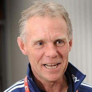 Shane Sutton will need surgery on a fractured cheekbone after a cycle crash