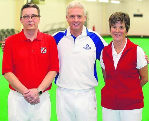 World champion Andy Thompson (centre) with North Wilts men's champion Steve Snook and ladies' champion Irene Button