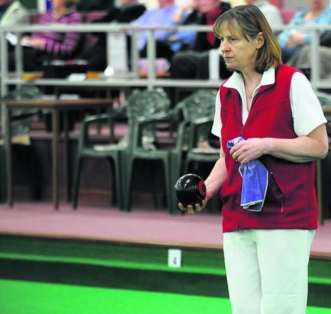 BOWLS: Unlucky Cooke bows out in national last eight