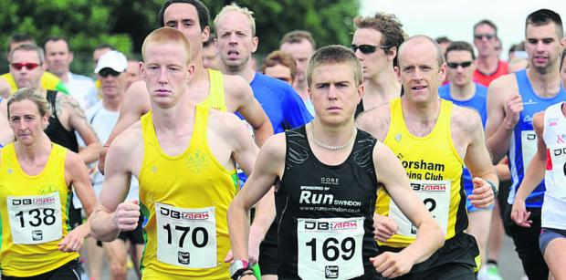 Michael Towler (170), Simon Nott (169) and League individual winner  Stuart Henderson, of Corsham Running Club,were at the forefront of the individual placings during the 2014 season