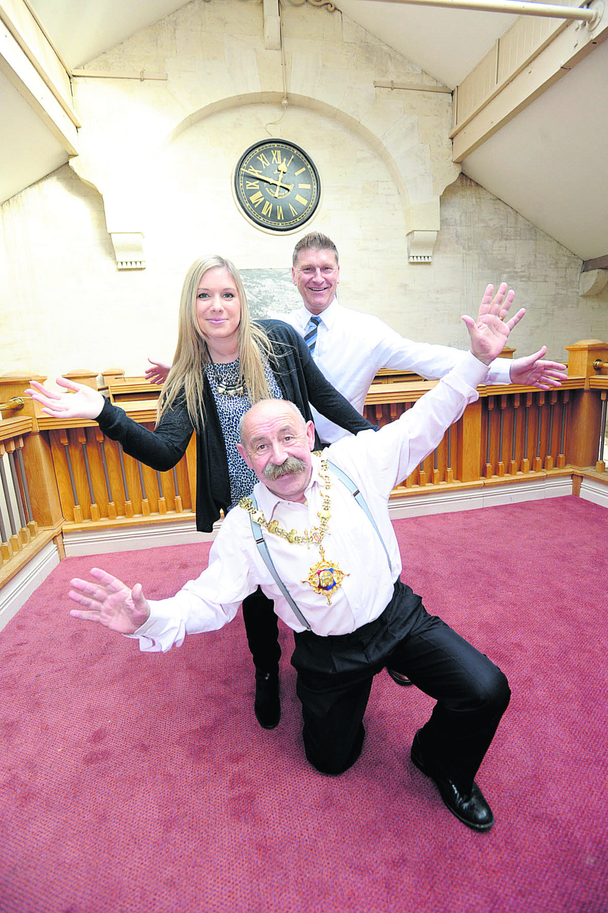 Andy Trusler and Franchesca Moore, back and centre, get some practice in with Devizes Mayor Pete Smith