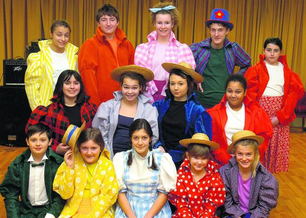 Some of the cast of The Wizard of Oz from Chippenham Hi-Lights