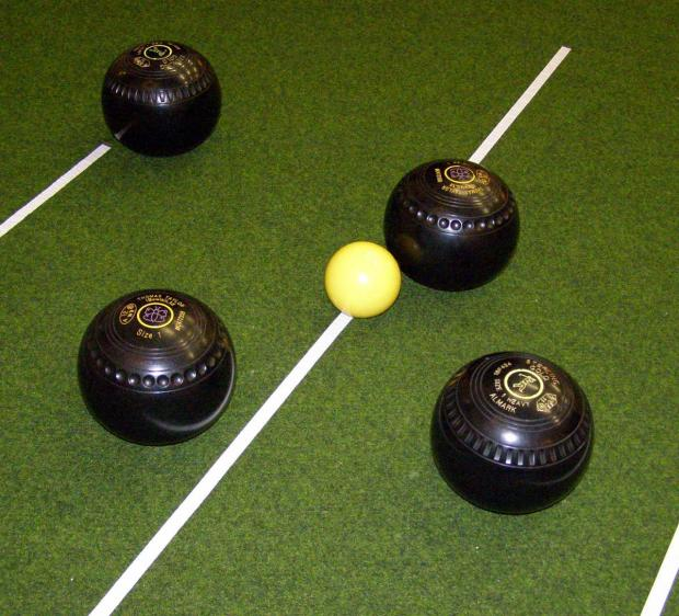 BOWLS: Clarrie see of Dorchester