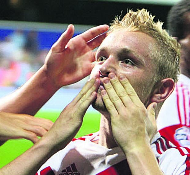 Alex Pritchard is out with a medial ligament strain