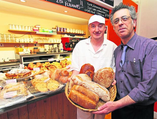 Baker Rafal Mozal and head baker Giovanni Campanella