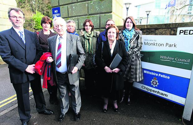 ampaigners outside Wiltshire Council's Monkton park offices in Chippenham. 						        (VS194) PICTURE BY VICKY SCIPIO