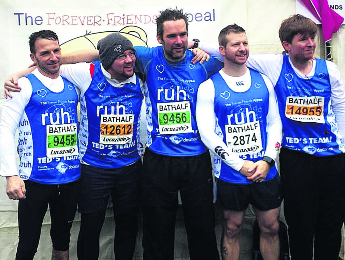 Brother and friends run Bath Half Marathon in Tom's memory