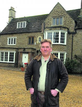 Richard Broadhead at Westbrook House in Bromham where Cpt Ashley died 		             (PM1093) Picture by Paul Morris