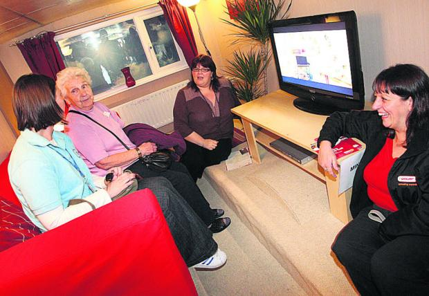 A pensioner finds out about the npower Health Through Warmth scheme, which has helped 82,000 people since it was set up in 2000
