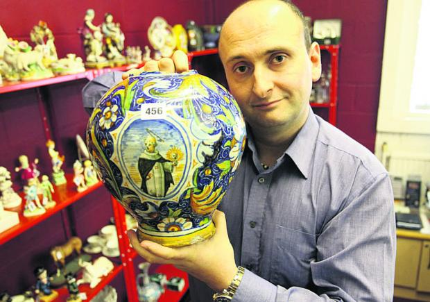 Valuable vase turned into lamp to be sold at Devizes auctions