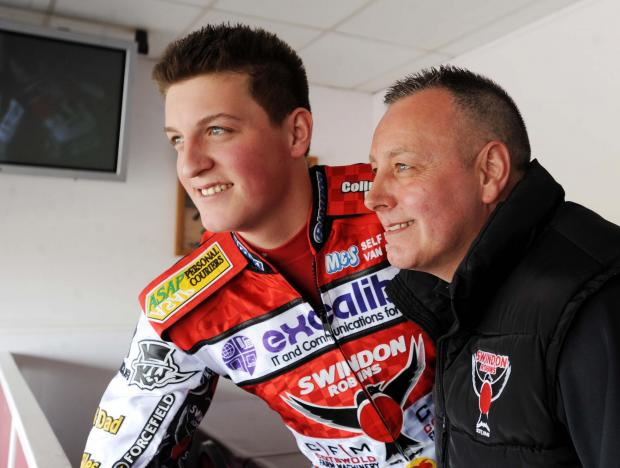 The Wiltshire Gazette and Herald: Darryl Ritchings with Robins boss Alun Rossiter before his accident