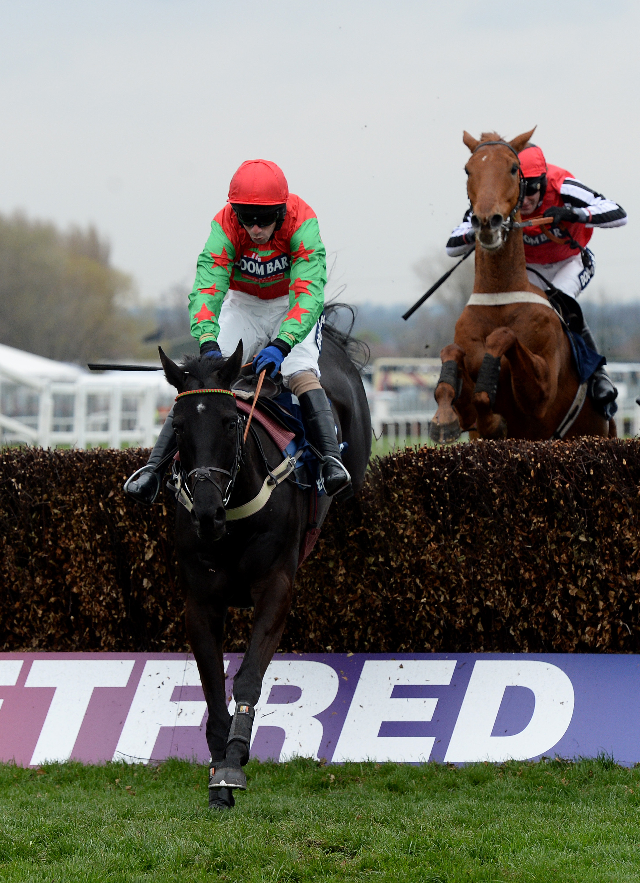 Balder Succes and Wayne Hutchinson win for Barbury Castle trainer Alan King at Aintree on Saturday