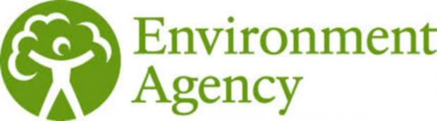 The Environment Agency has been investigating reports of oil sheen on the River Avon in Melksham