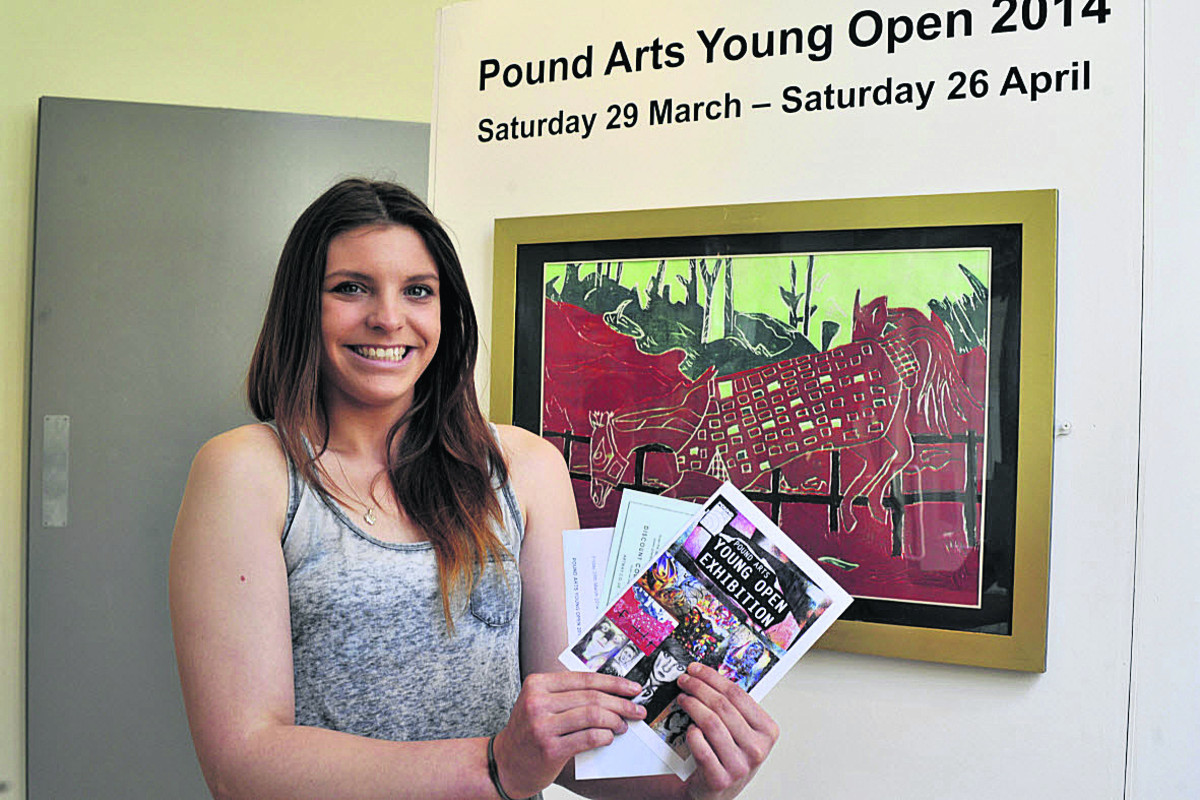 Chloe Windle with her polysterene print             (493