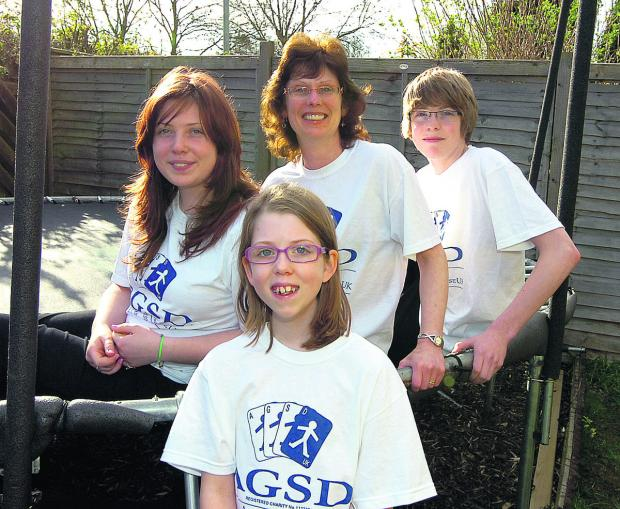 The Wiltshire Gazette and Herald: Azaria Moyse with her sister Kezia, mum Jo and brother Isaac are going to do the 10km walk together