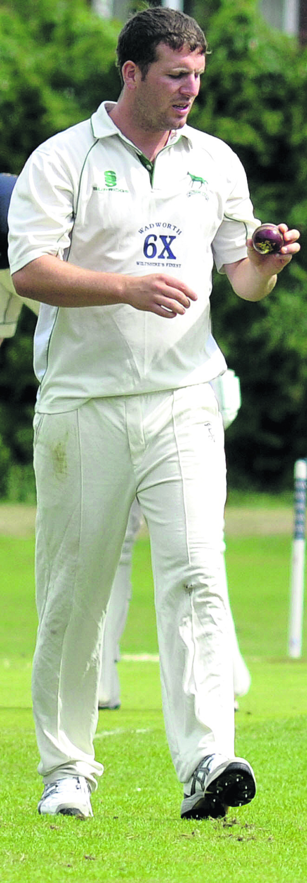 Wiltshire's Jake Roberts took four Dorset wickets