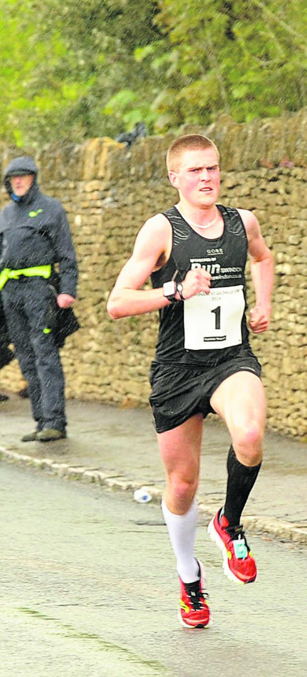 The Wiltshire Gazette and Herald: Simon Nott on his way to retaining his title in a new course record