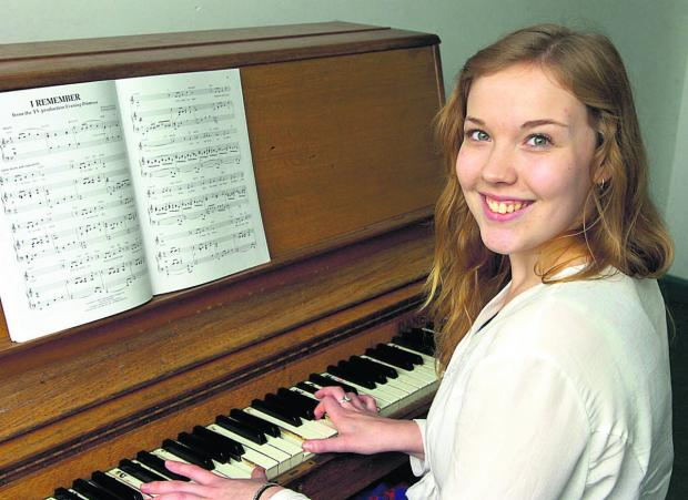 Annie-Rose Cowdry sixth form student has a bursary to pay for lessons     (PM1143) By Paul Morris