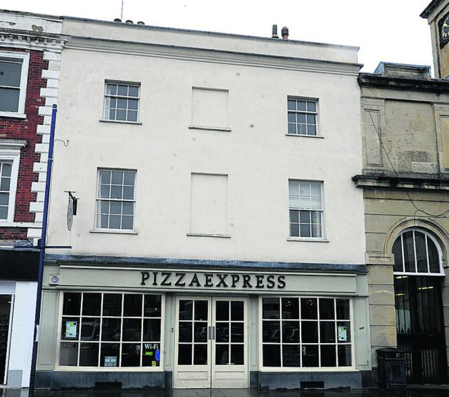 Attempted Break In At Devizes Pizza Express The Wiltshire