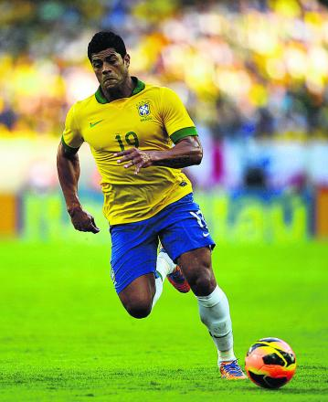 Hulk is part of a Brazil squad under huge pressure to perform as host nation and Andy Warren thinks the burden of expectation will be too much for the five-times champions, while the European sides will struggle