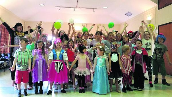 The Stagecoach Dress Up and Dance event raised £140 for Macmillan Cancer Support