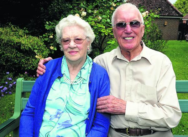 Ted and Marian Giddings mark their anniversary    				       (PM1362) By Paul Morris