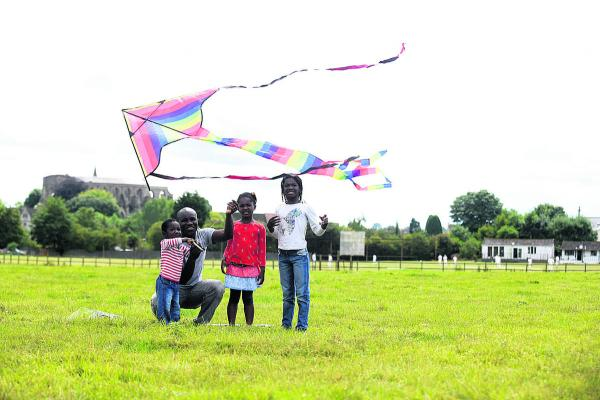 Nimdeah, left, dad Kutin, Odeshye and Nteasie Amankwa at Malmesbury Kite Festival. Picture by Diane Vose