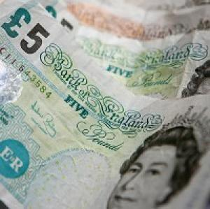 Wiltshire's 42,100 tax credits customers are being prompted to renew their claim now