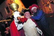 Town crier David Shelly and Robert Peel at last year's event
