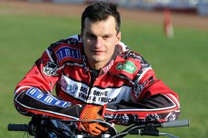 TAPES UP 2015: Adrian shrugs off Robins 'pressure'