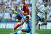 Wes Foderingham is beaten by Jermaine Beckford at Wembley