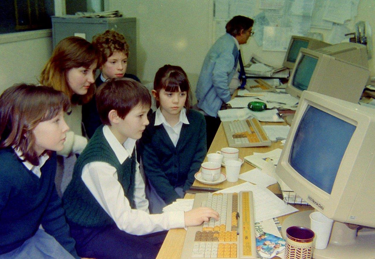 Pewsey schoolchildren in the Wiltshire Gazette office in 1982