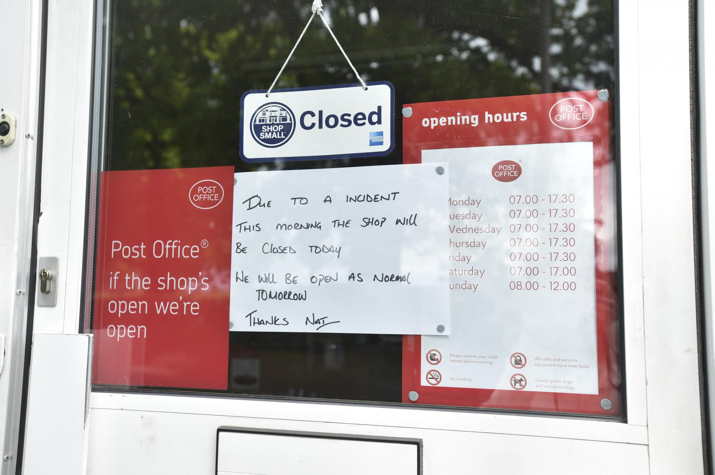 what time do the post office open in the morning