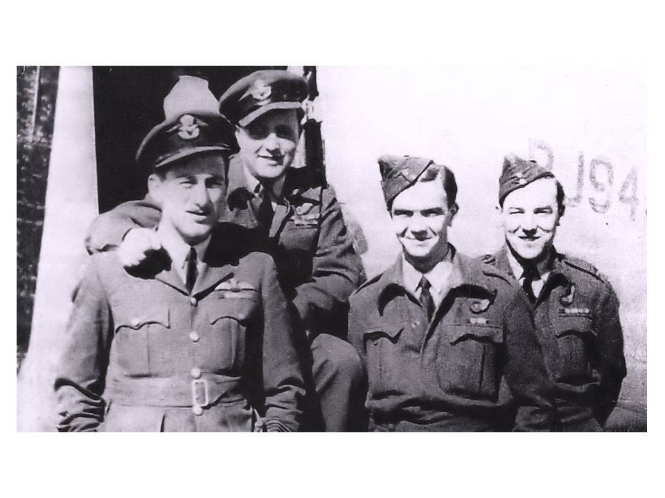 Flt Lt Mason is on the right