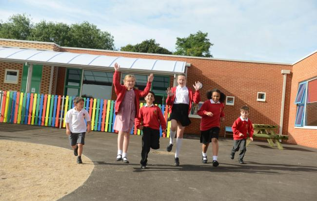 Pupils excited to be back at the new St Mary's Marlborough.; Photo: Siobhan Boyle SMB2083/2.