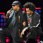 The Wiltshire Gazette and Herald: Stevie Wonder 'takes a knee for America' amid Trump and NFL clash (Michael Noble Jr./AP/PA)