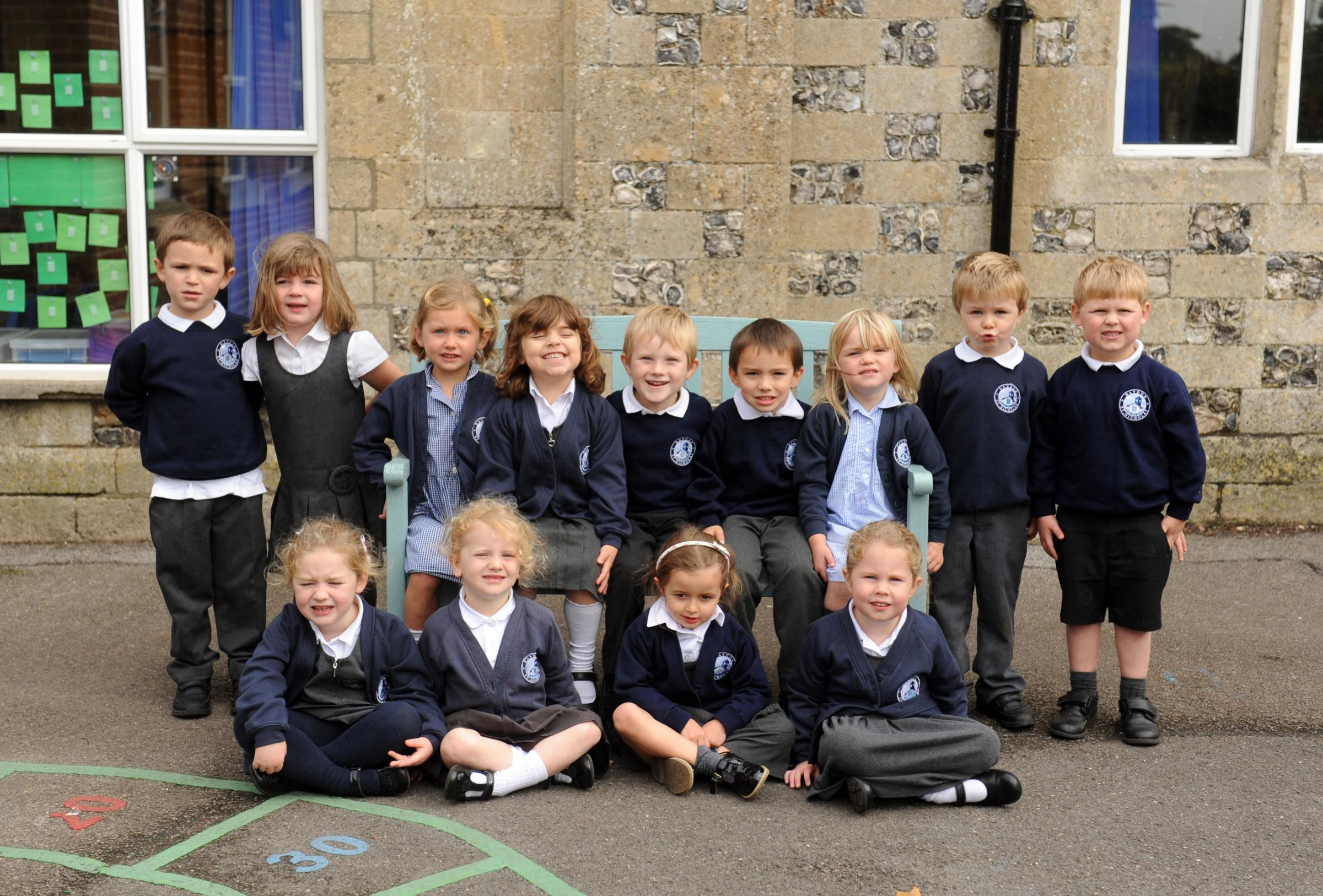Baydon St Nicholas reception class for 1st day at school photos.Siobhan Boyle (SMB1243/1).