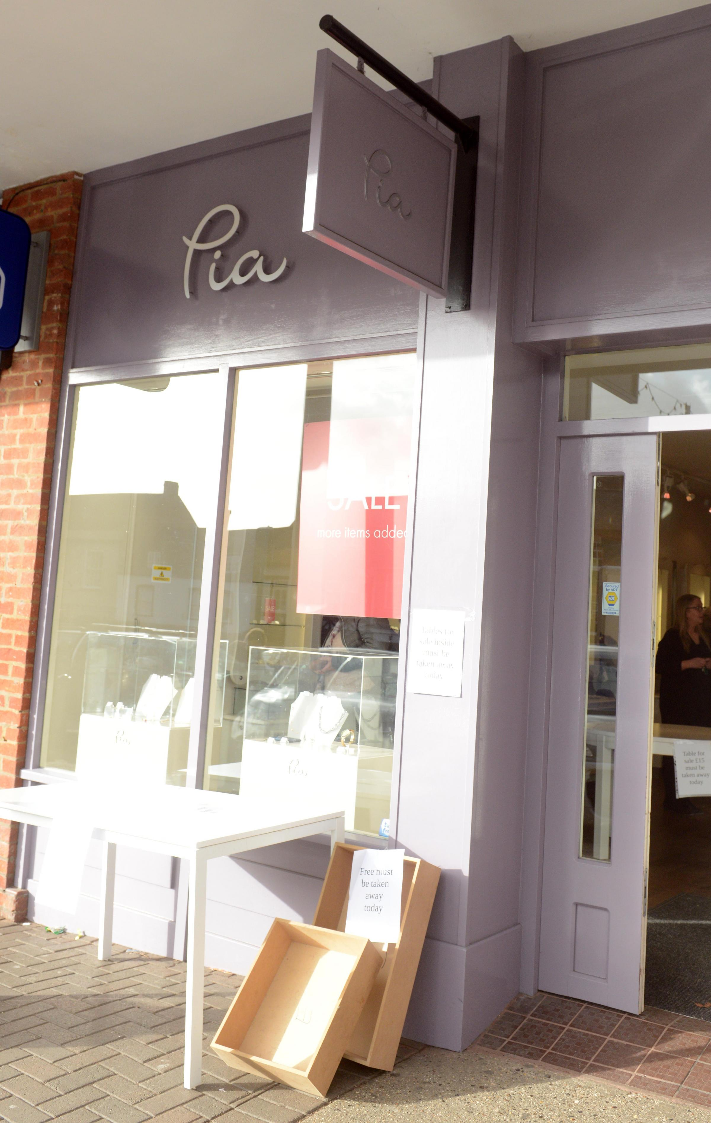 Pia, the jewellers in Marlborough is closing down.  Photo: Siobhan Boyle SMB2301/1.
