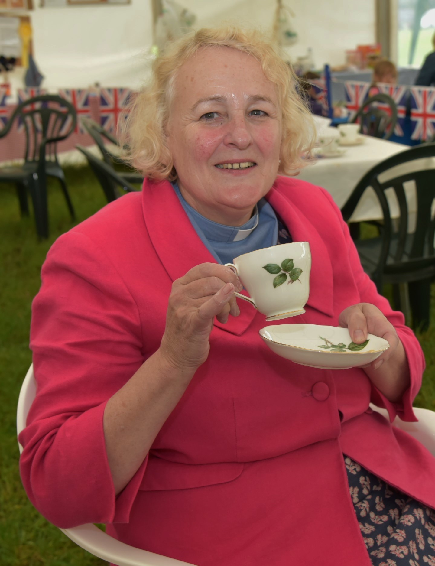 Open Farm Sunday, Family Dog Show and Queen's Birthday Tea at Horton House Farm, Horton. Reverend Beth Brown taking tea.  Pictures by RC007/05.